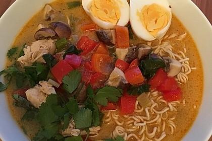 Pikante Thai Suppe mit Kokos und Hühnchen 19