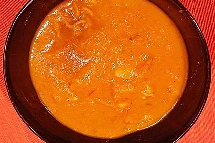 Pikante Thai Suppe mit Kokos und Hühnchen 76