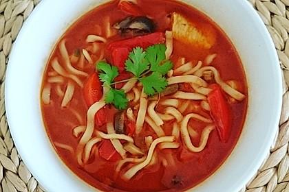 Pikante Thai Suppe mit Kokos und Hühnchen 53