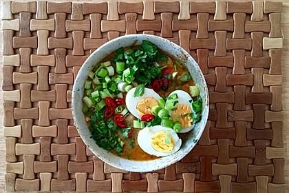 Pikante Thai Suppe mit Kokos und Hühnchen 7