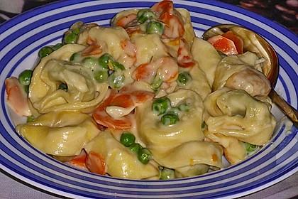 Tortelloni in Käse - Sahne - Sauce 17