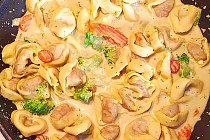 Tortelloni in Käse - Sahne - Sauce 13