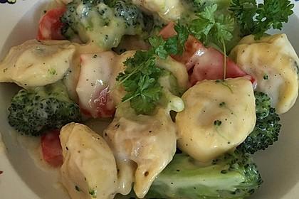 Tortelloni in Käse - Sahne - Sauce 37