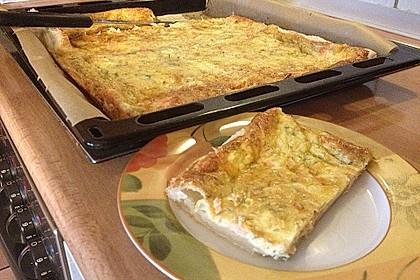 Schwedischer Lachskuchen  'Schwedenpizza' 46