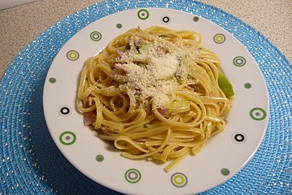 Spargel mit Schinken und Pasta 10