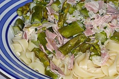 Spargel mit Schinken und Pasta 16