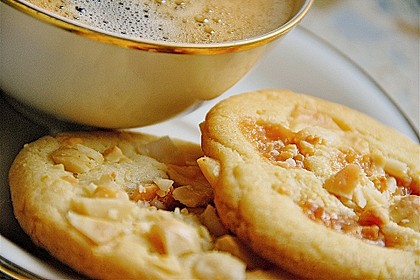 Super Chunk Cookies 1