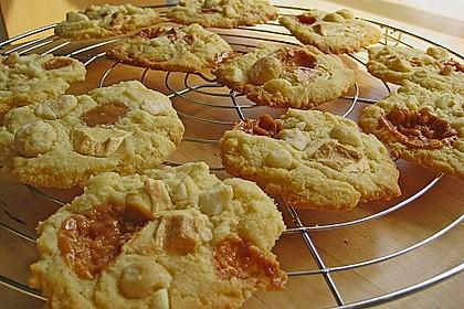 Super Chunk Cookies 38