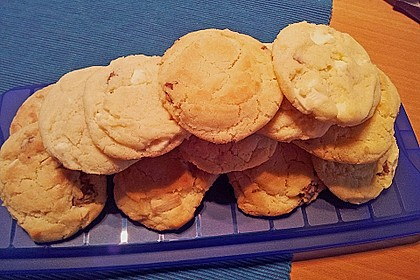 Super Chunk Cookies 67