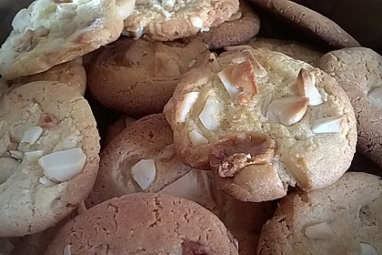 Super Chunk Cookies 19