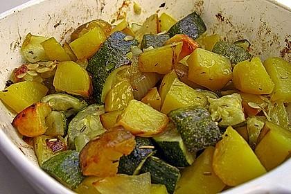 Kartoffel - Zucchinigemüse aus dem Ofen 1