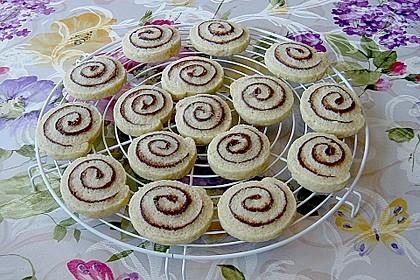 Schokoladen - Haselnusscreme - Spiralen 8