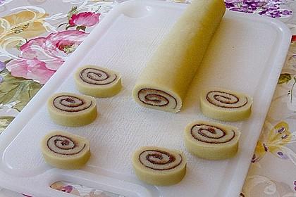 Schokoladen - Haselnusscreme - Spiralen 18