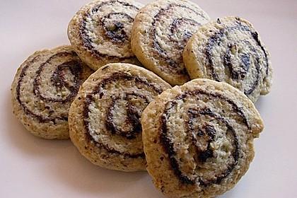 Schokoladen - Haselnusscreme - Spiralen 11