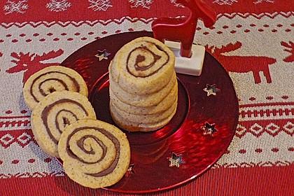 Schokoladen - Haselnusscreme - Spiralen 13