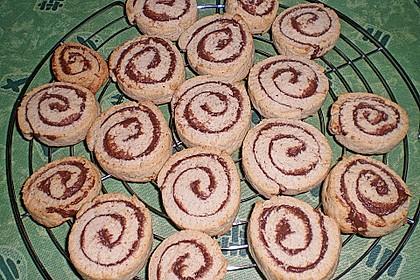 Schokoladen - Haselnusscreme - Spiralen 19
