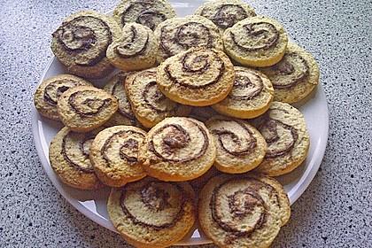 Schokoladen - Haselnusscreme - Spiralen 15