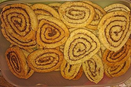 Schokoladen - Haselnusscreme - Spiralen 30
