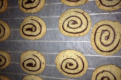 Schokoladen - Haselnusscreme - Spiralen 21
