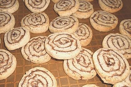 Schokoladen - Haselnusscreme - Spiralen 34