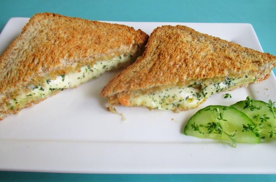 warme zucchini mozzarella sandwiches rezept mit bild. Black Bedroom Furniture Sets. Home Design Ideas