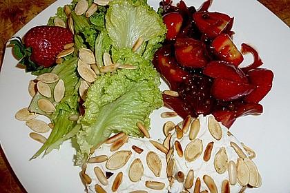 Erdbeer - Kompott mit kernigem Ziegenkäse