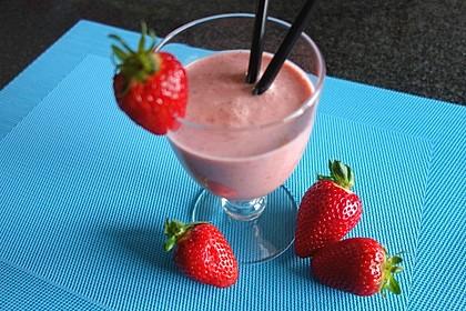 Erdbeer - Smoothie 18
