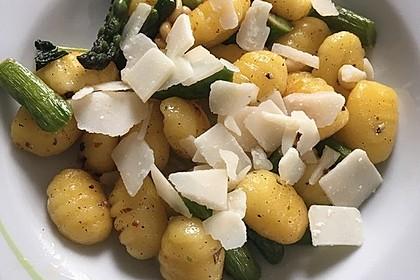 Salbei - Gnocchi mit grünem Spargel 17