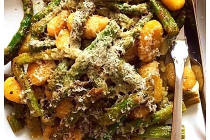 Salbei - Gnocchi mit grünem Spargel 23