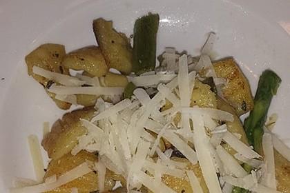 Salbei - Gnocchi mit grünem Spargel 25