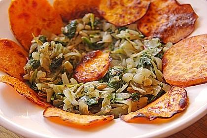 Afrikanische Gemüsepfanne mit  Süßkartoffelchips