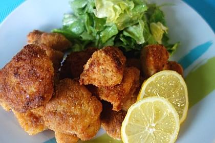 Chicken Nuggets oder Hähnchen Crossies 11