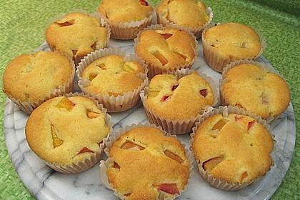 Muffins mit verschiedenem Obst 13
