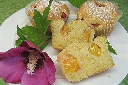 Muffins mit verschiedenem Obst 1