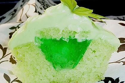 Zitronen - Cupcakes mit Waldmeister - Frischkäse - Creme 4