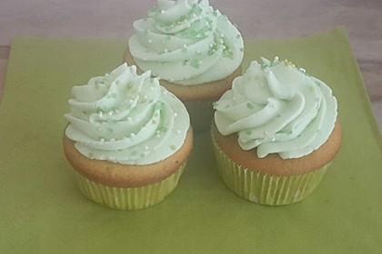 Zitronen - Cupcakes mit Waldmeister - Frischkäse - Creme 11