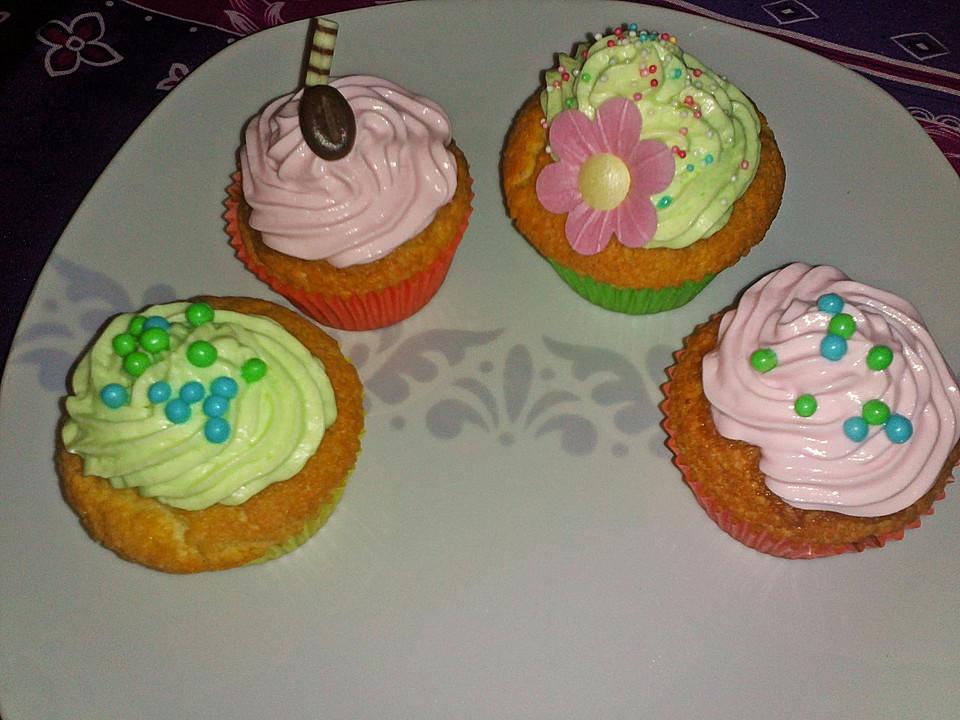 cupcakes rezept mit bild von tina700. Black Bedroom Furniture Sets. Home Design Ideas
