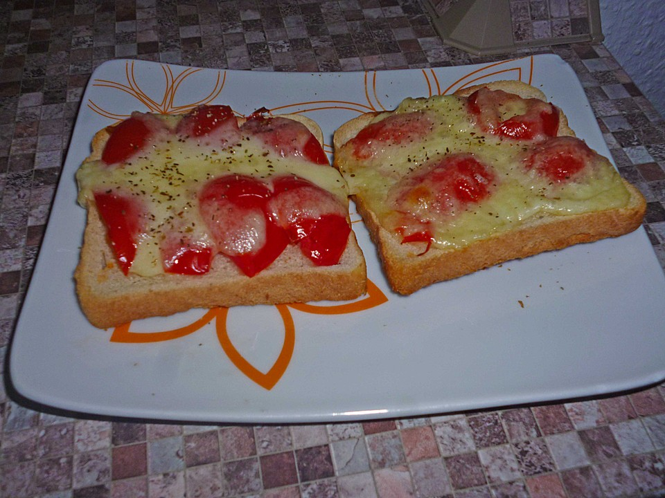 tomate mozzarella toast rezept mit bild von andr0meda. Black Bedroom Furniture Sets. Home Design Ideas