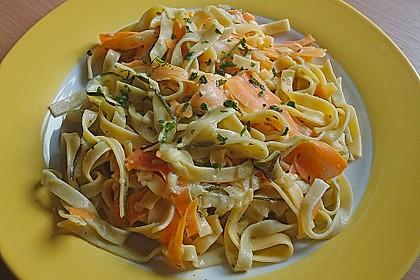 Nudeln mit Gemüse und Frischkäse 1