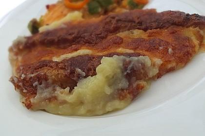 Fischstäbchen auf Kartoffelpüree