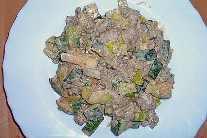 Zucchini - Hackpfanne mit Frischkäse 1