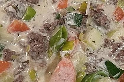 Zucchini - Hackpfanne mit Frischkäse 2