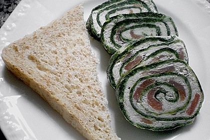 Lachs-Spinat-Rolle 96