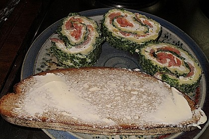 Lachs-Spinat-Rolle 157