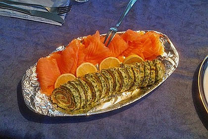 Lachs-Spinat-Rolle 90