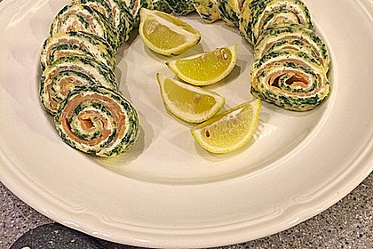 Lachs-Spinat-Rolle 12