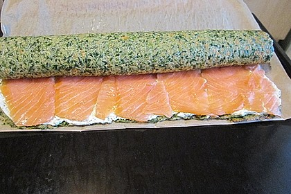 Lachs-Spinat-Rolle 17