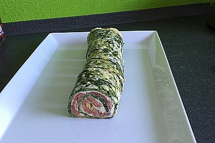 Lachs-Spinat-Rolle 141