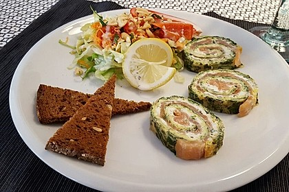 Lachs-Spinat-Rolle 9