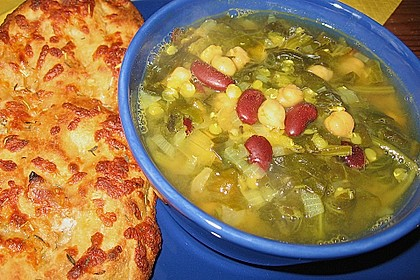 Arabische Kichererbsen-Spinat Suppe 23